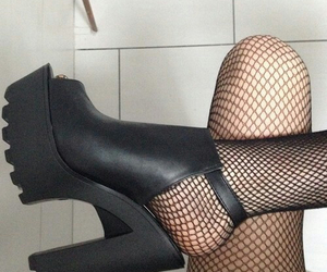 grunge, high heels, and shoes image