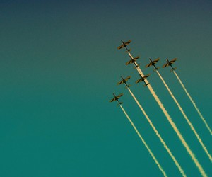 airplanes, beautiful, and Flying image