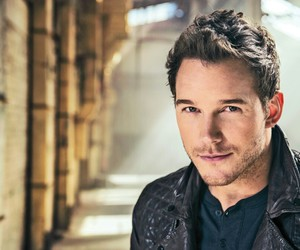 chris pratt, actor, and guardians of the galaxy image