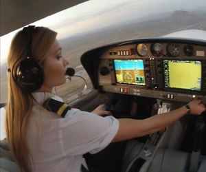 pilot training, cpl in canada, and commercial pilot training image
