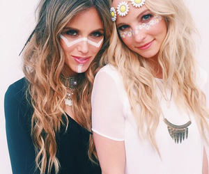 candice accola, friends, and tvd image