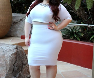 body positive, curves, and ootn image