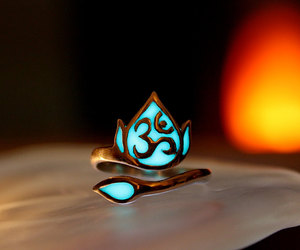om and ring image