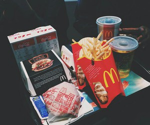 food, hamburger, and McDonalds image