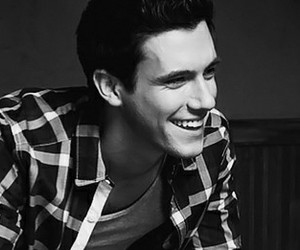 drew roy and smile image