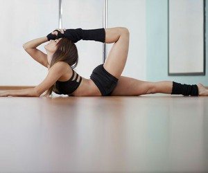 fitness, flexible, and trainhard image