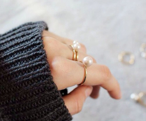fashion, pearl, and accessories image