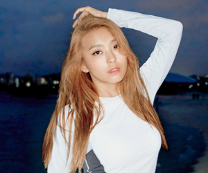 bora, korean, and kpop image