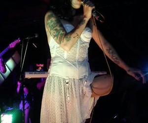 concierto, grunge, and chilena image
