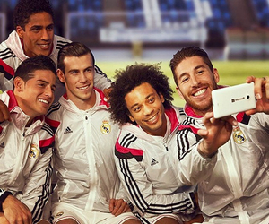 marcelo, bale, and real madrid image