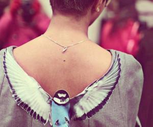 bird, fashion, and shirt image