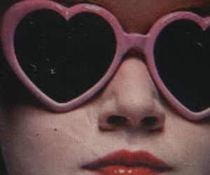 50s, girly, and glasses image