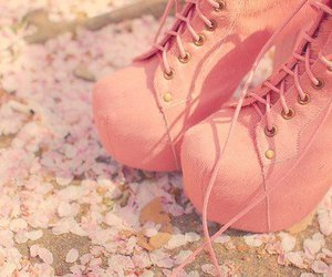 flores, zapatos, and rosado image