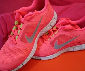beautiful, fitness, and pink image
