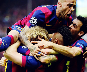 fc barcelona and rakitic image