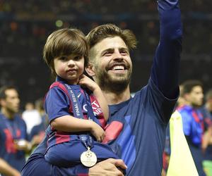 gerard piqué, champions league, and fc barcelona image