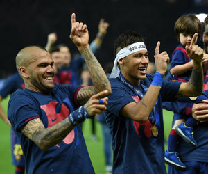 fc barcelona and dani alves image