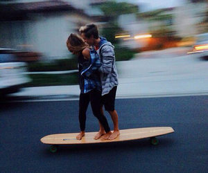 couple, love, and skate image