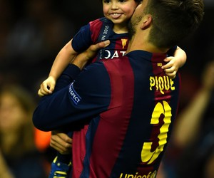 gerard piqué and milan image