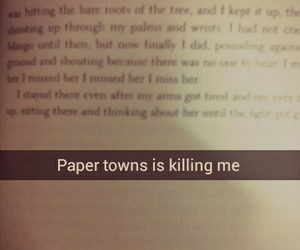 books, paper towns, and snapchat image