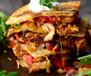 food, quesadilla, and Chicken image