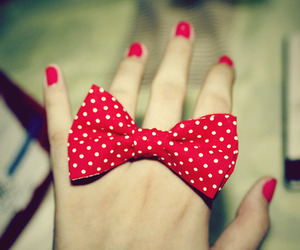 red, bow, and nails image