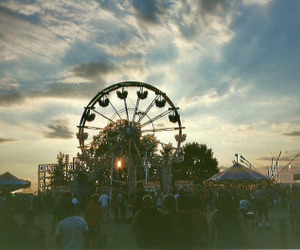sky, fun, and vintage image