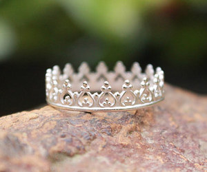 girl, ring, and crown image