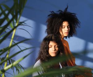 girls and ibeyi image