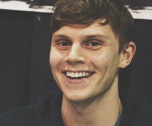 boy, Dream, and evanpeters image