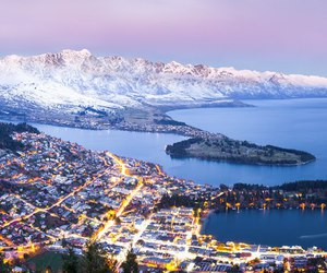 new zealand and queenstown image