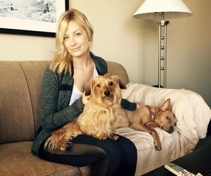 dogs, 2 broke girls, and beth behrs image