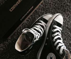 chuck taylor, converse, and fashion image