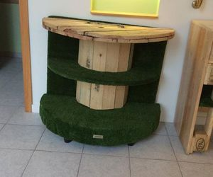 Shop Furniture / Decor with Wood Pallets – Pallets Ideas, Designs, DIY.