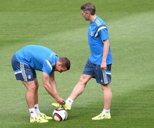 Arsenal, bastian schweinsteiger, and german nt image
