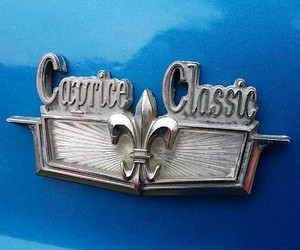 caprice, chevy, and emblems image
