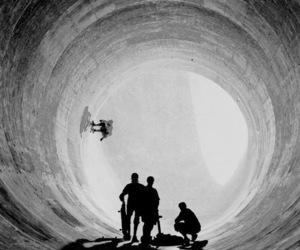 skate, black and white, and skateboard image