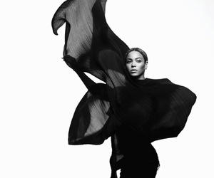 beyoncé, Queen, and black and white image