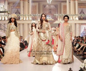 dresses, tbcw 2015, and golden image
