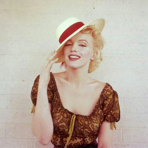 Marilyn Monroe, beauty, and blonde image