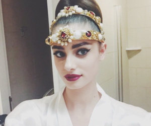 taylor hill, taylor marie hill, and fashion image
