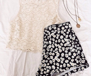 outfit, fashion, and necklace image
