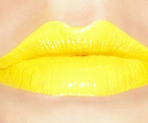 yellow and lips image