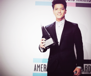 amas and bruno mars image