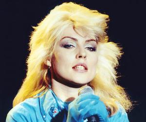 debbie harry, 70s, and blondie image