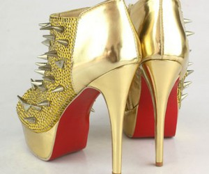 cheap red sole shoes image
