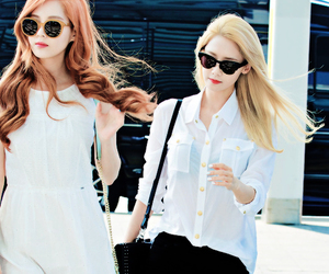 seohyun, yoona, and snsd image