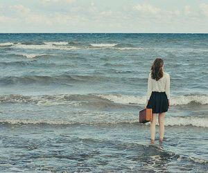 vintage, girl, and sea image
