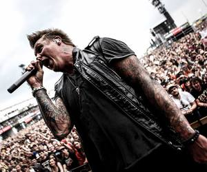 papa roach and jacoby shaddix image