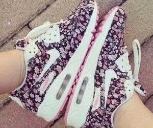 nike shoes flowers image